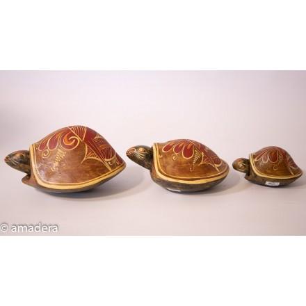 Petites tortues décorées en terre cuite