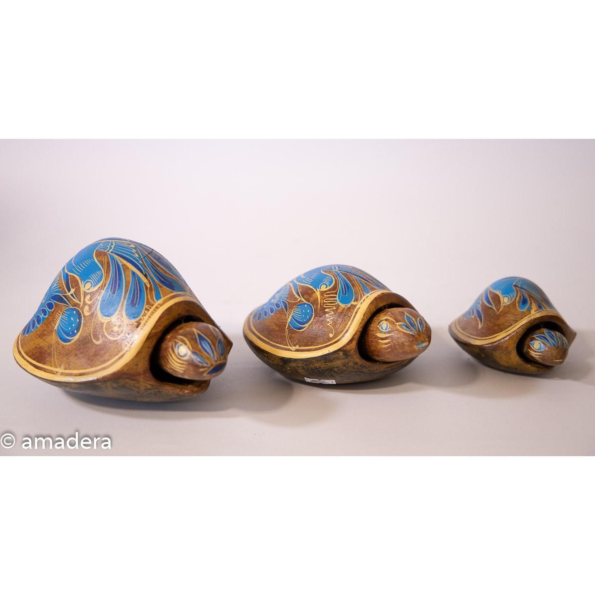 Tortues décorées en terre cuite
