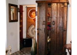 meubles mexicains en pin ancien meuble de rangement 2 amadera. Black Bedroom Furniture Sets. Home Design Ideas