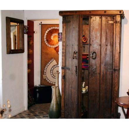 grande armoire en pin mobilier mexicain de rangement. Black Bedroom Furniture Sets. Home Design Ideas
