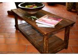 Table basse de salon en pin ancien