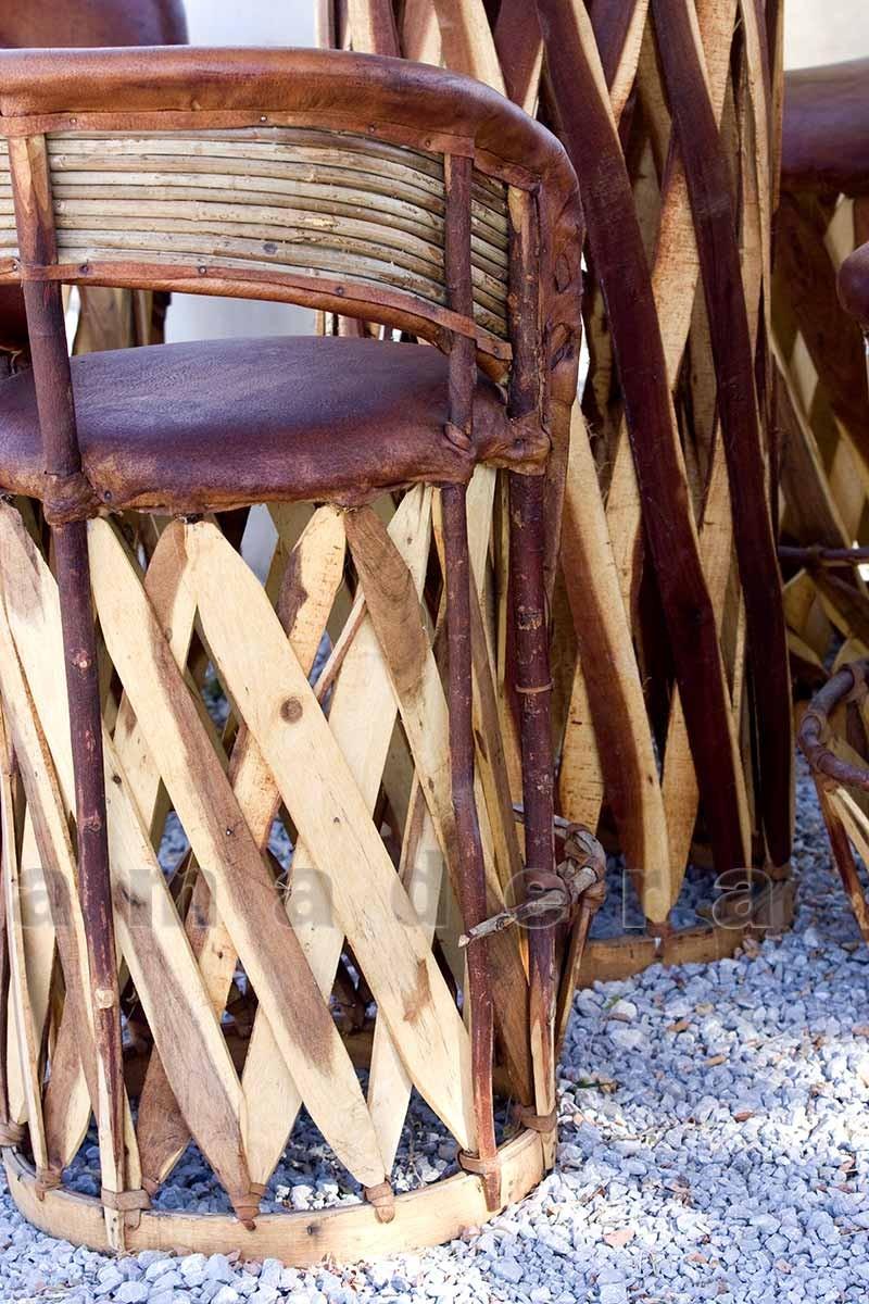 Ensemble de jardin table et chaises hautes salon de jardin for Mobilier table haute