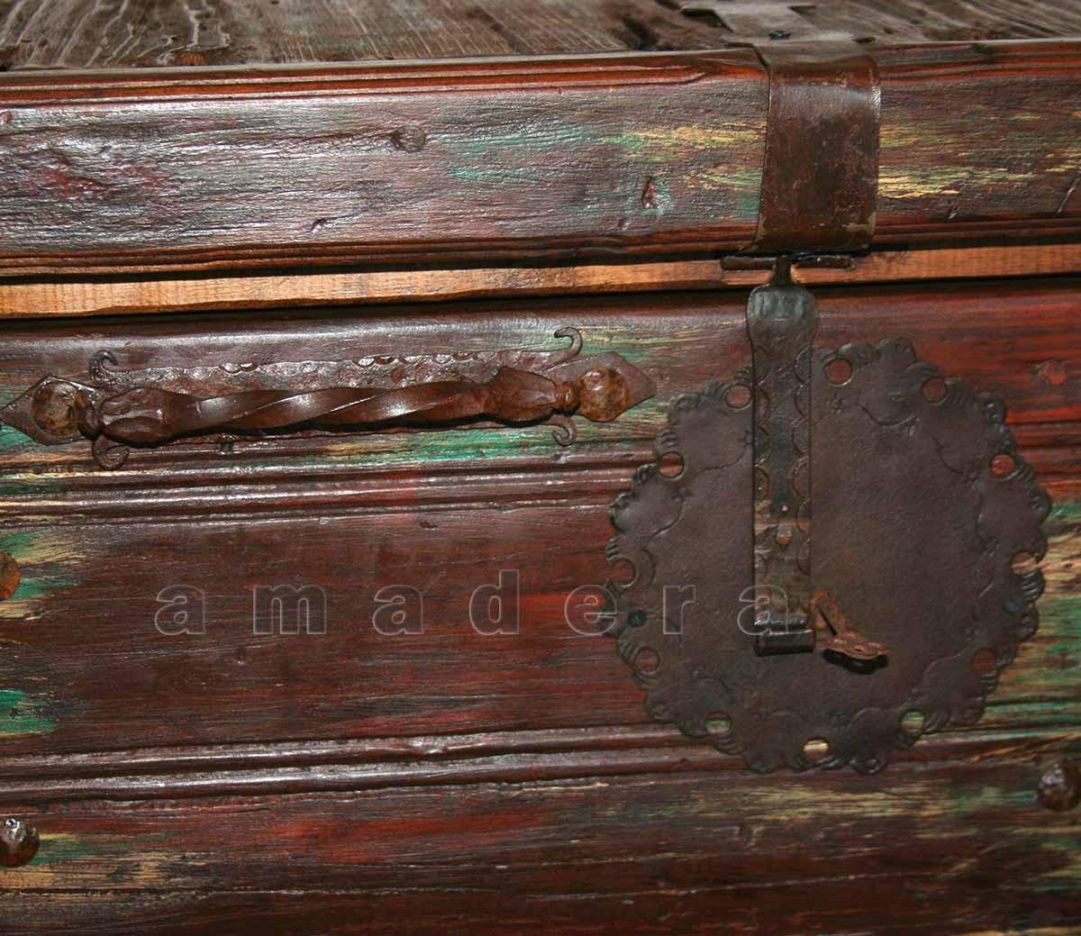 Mobilier mexicain meuble de rangement en pin vaisselier for Meuble mexicain
