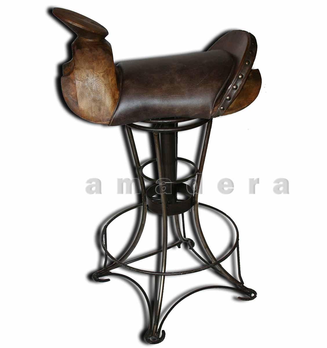 chaise haute de bar en cuir et fer forg chaise pivotante. Black Bedroom Furniture Sets. Home Design Ideas