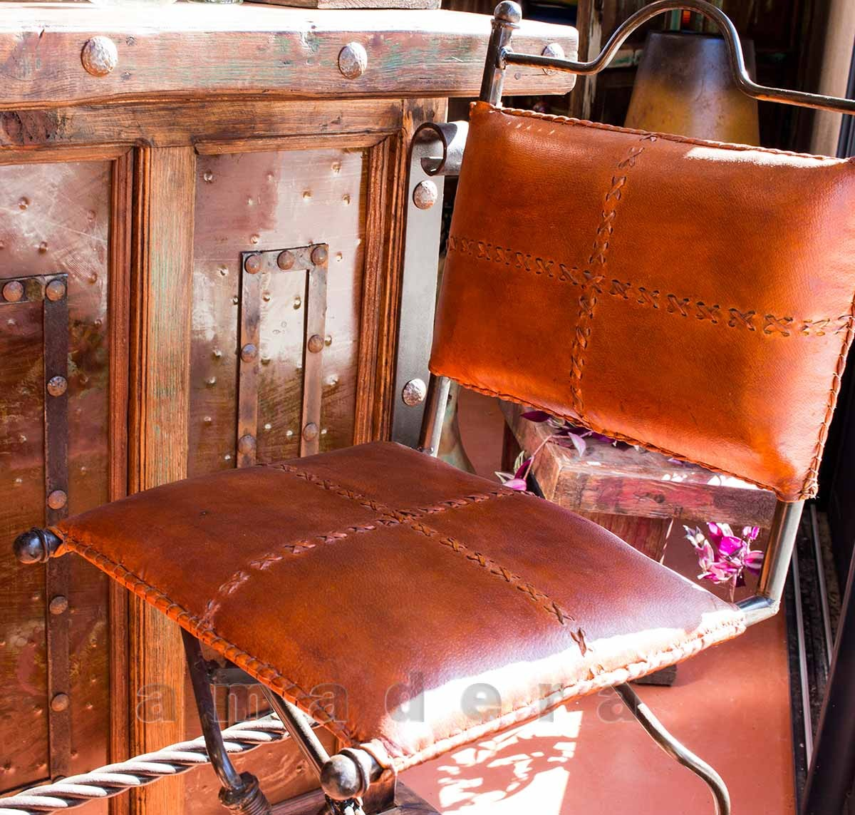 Chaises Haute De Bar Pivotantes En Cuir Et Fer Forge Mobilier De Bar