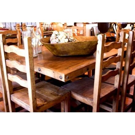 Table carrée. mobilier en bois exotique