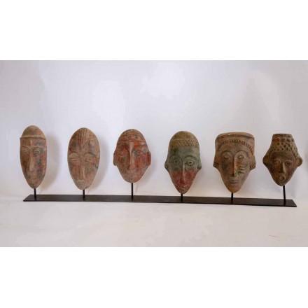 6 petits masques mexicains sur fer forgé