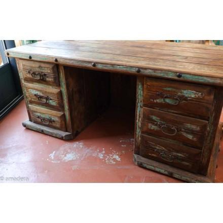 Bureau en pin ancien