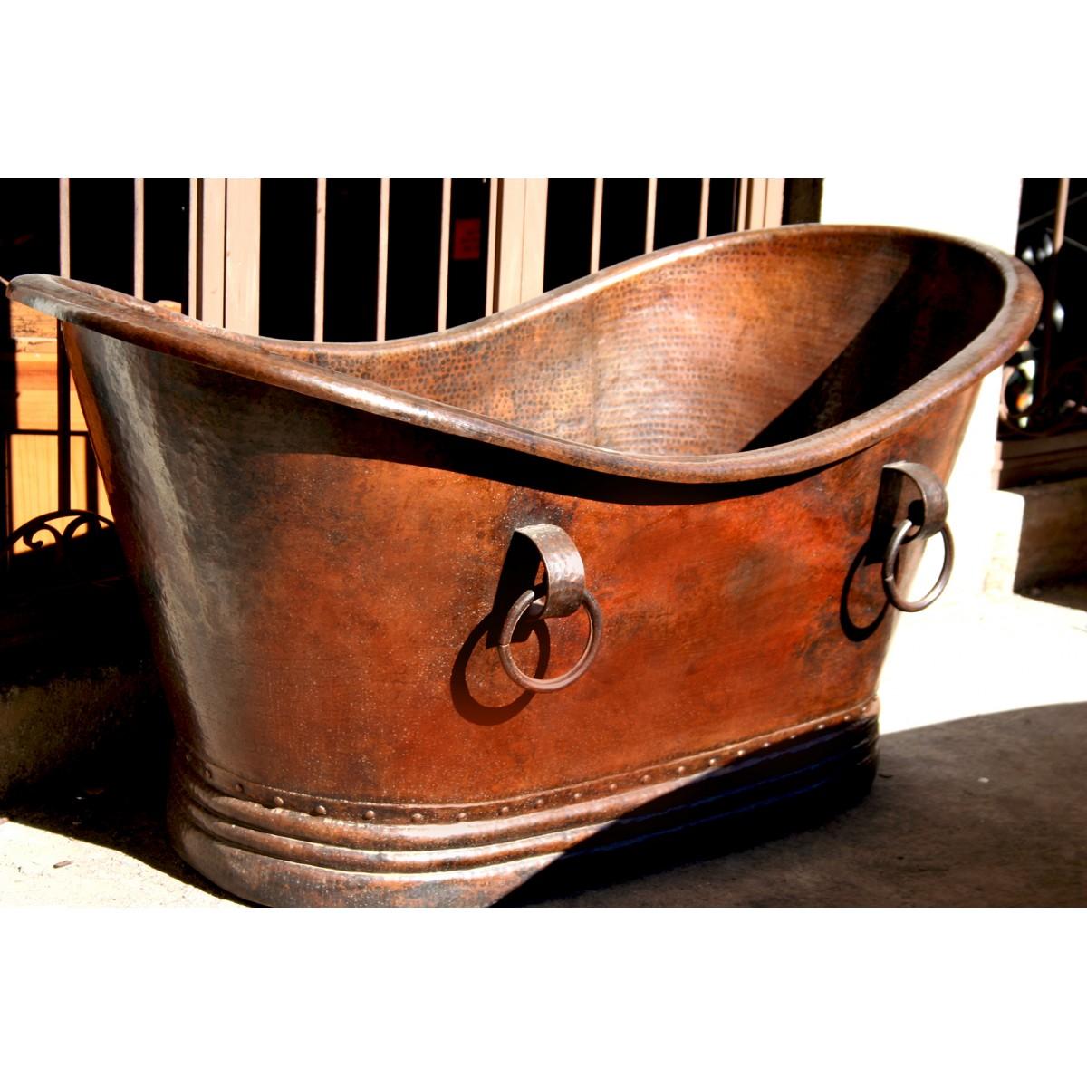 Baignoire en cuivre martelé à la main