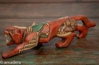 Le jaguar statue Maya en bois